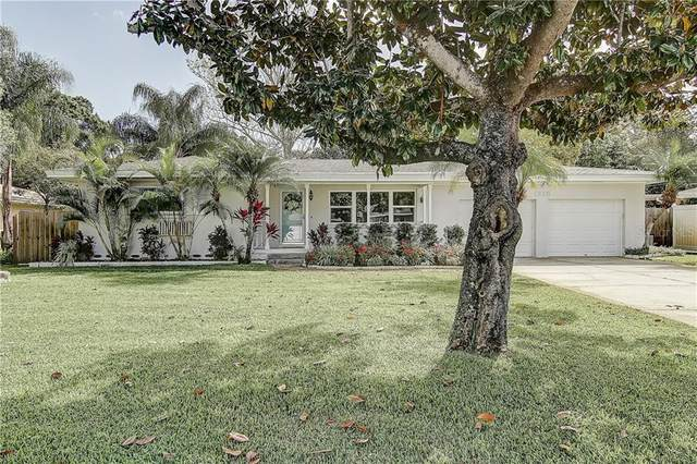 1205 Woodcrest Avenue, Clearwater, FL 33756 (MLS #T3233521) :: Premium Properties Real Estate Services