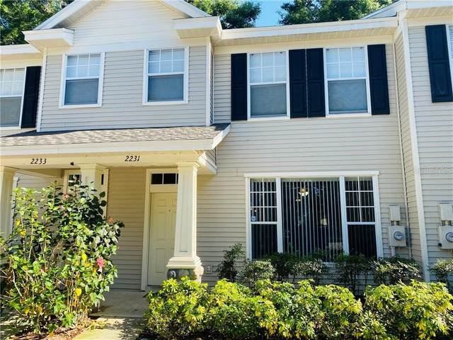 2231 Golden Oak Lane, Valrico, FL 33594 (MLS #T3233660) :: Zarghami Group