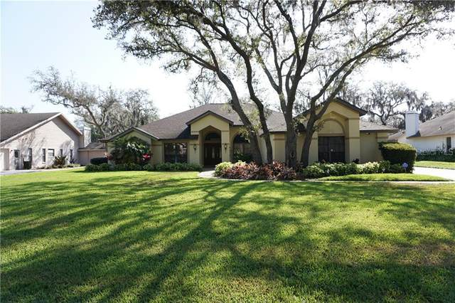 2702 Pine Club Drive, Plant City, FL 33566 (MLS #T3234146) :: Griffin Group