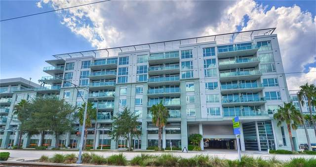 912 Channelside Drive #2406, Tampa, FL 33602 (MLS #T3235186) :: Kendrick Realty Inc