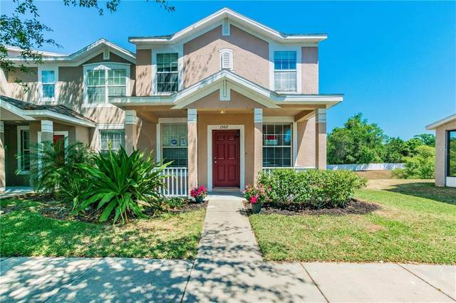 1502 Blue Magnolia Road, Brandon, FL 33510 (MLS #T3236208) :: Griffin Group