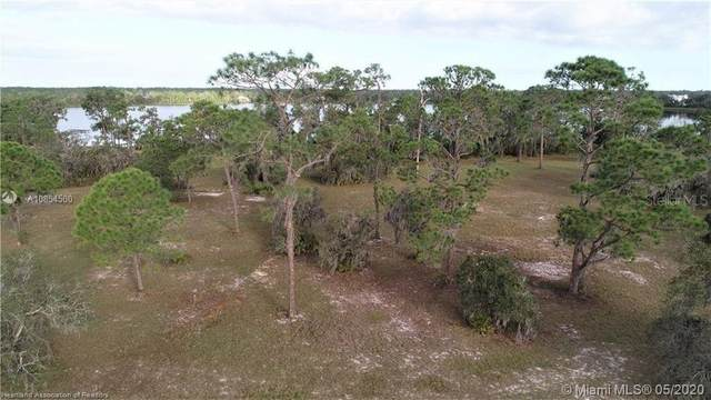 4048 Camp Shore Drive, Sebring, FL 33875 (MLS #T3240723) :: EXIT King Realty