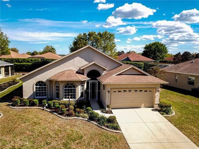 2427 N Brentwood Circle, Lecanto, FL 34461 (MLS #T3241120) :: Realty Executives Mid Florida