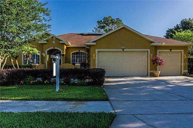 5146 Epping Lane, Zephyrhills, FL 33541 (MLS #T3242683) :: The Brenda Wade Team