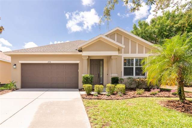 2918 Winglewood Circle, Lutz, FL 33558 (MLS #T3242811) :: Team Buky