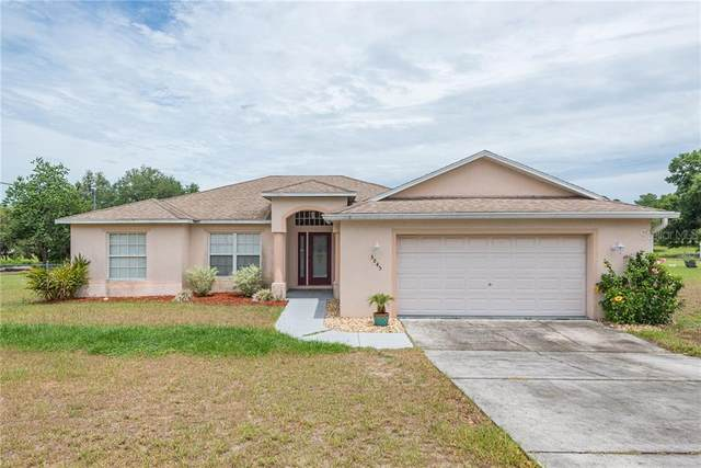 5845 W Meadowpark Lane, Crystal River, FL 34429 (MLS #T3243297) :: The Duncan Duo Team