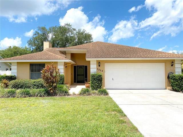 1202 Valencia Lane, Auburndale, FL 33823 (MLS #T3243651) :: Mark and Joni Coulter | Better Homes and Gardens