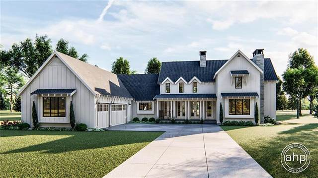 16113 Winding Water Drive, Odessa, FL 33556 (MLS #T3243955) :: Team Bohannon Keller Williams, Tampa Properties