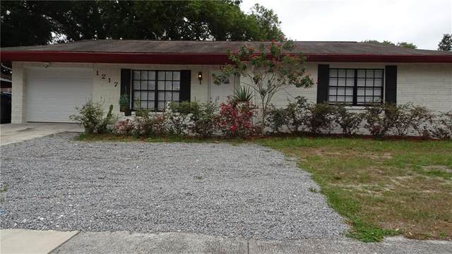 1217 Citrus Hill Court, Seffner, FL 33584 (MLS #T3244223) :: Team Borham at Keller Williams Realty