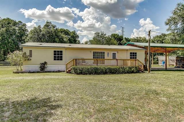 36910 Judee Drive, Zephyrhills, FL 33541 (MLS #T3244413) :: The Figueroa Team