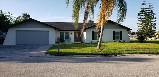 5717 Seabreeze Drive, Port Richey, FL 34668 (MLS #T3244633) :: CENTURY 21 OneBlue