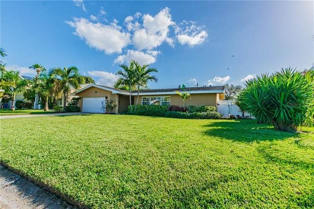 518 25TH Avenue SE, St Petersburg, FL 33705 (MLS #T3244890) :: Alpha Equity Team