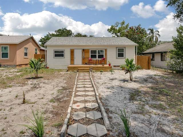 4711 Fairfield Avenue S, St Petersburg, FL 33711 (MLS #T3244991) :: Team Buky