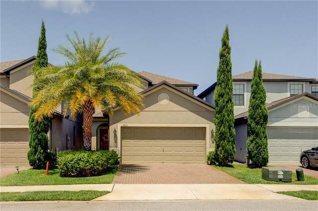 1221 Ballard Green Place, Brandon, FL 33511 (MLS #T3244998) :: The Duncan Duo Team