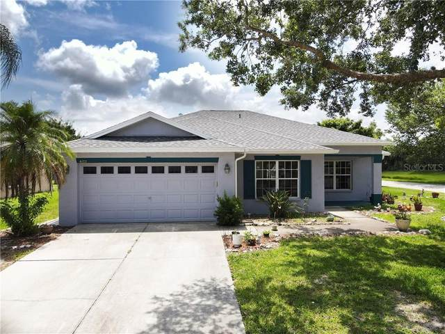 4102 Banbury Circle, Parrish, FL 34219 (MLS #T3245323) :: Sarasota Gulf Coast Realtors