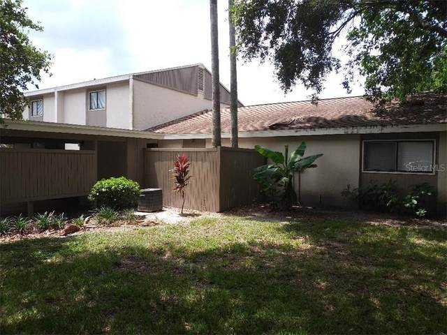 8016 Peach Drive #100, Temple Terrace, FL 33637 (MLS #T3249926) :: Carmena and Associates Realty Group
