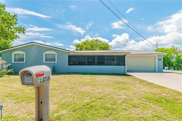13724 Cox Avenue, Hudson, FL 34667 (MLS #T3250081) :: Delgado Home Team at Keller Williams