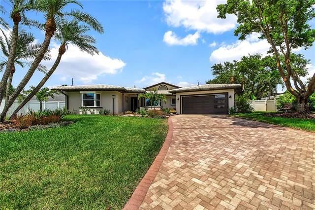 303 Hickory Lane, Largo, FL 33770 (MLS #T3250276) :: Heart & Home Group