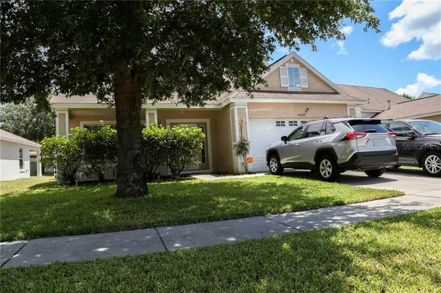 24648 Siena Drive, Lutz, FL 33559 (MLS #T3251082) :: The Duncan Duo Team