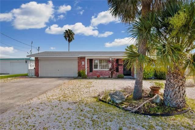3945 Headsail Drive, New Port Richey, FL 34652 (MLS #T3251194) :: Delgado Home Team at Keller Williams