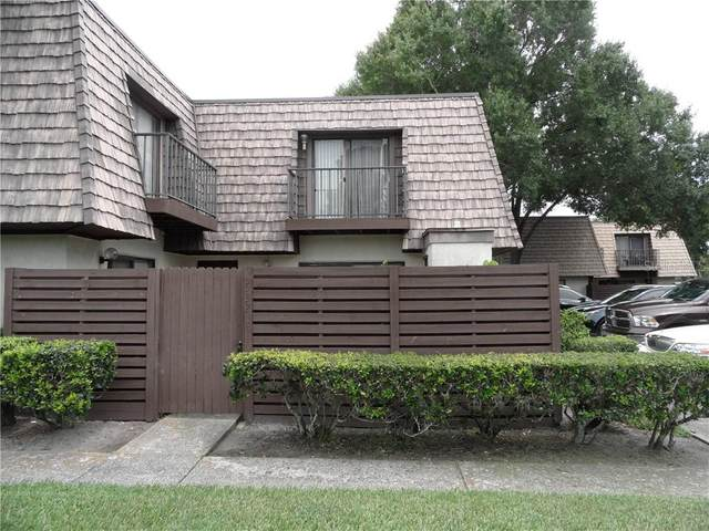 15323 W Pond Woods Drive #101, Tampa, FL 33618 (MLS #T3253940) :: The Duncan Duo Team