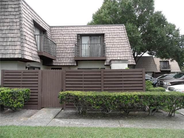 15323 W Pond Woods Drive #101, Tampa, FL 33618 (MLS #T3253940) :: Lockhart & Walseth Team, Realtors