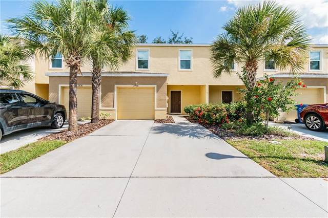 9738 Hound Chase Drive, Gibsonton, FL 33534 (MLS #T3256469) :: The Duncan Duo Team