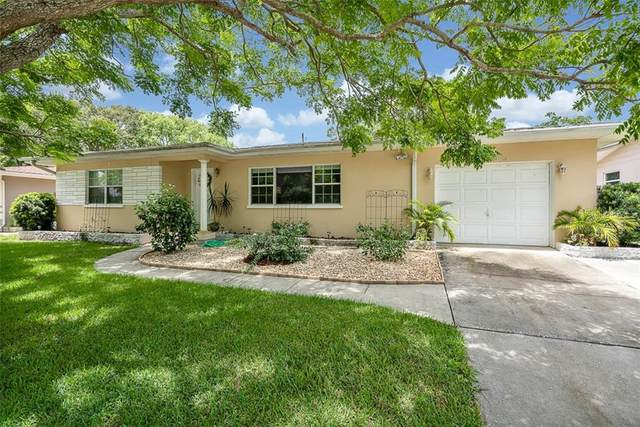 1400 S Evergreen Avenue, Clearwater, FL 33756 (MLS #T3256707) :: Cartwright Realty
