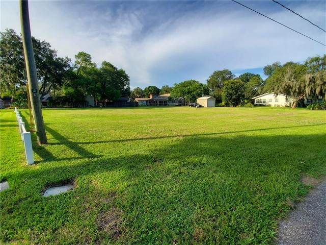 808 Russell Drive, Plant City, FL 33563 (MLS #T3259658) :: The Light Team