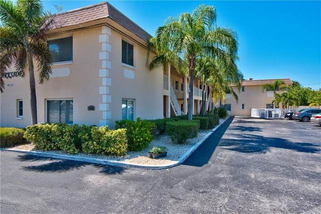 9050 Blind Pass Road #14, St Pete Beach, FL 33706 (MLS #T3259843) :: Cartwright Realty