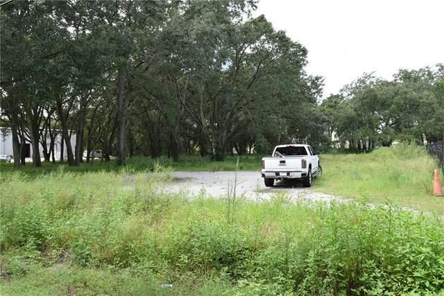 514 Hobbs Street, Tampa, FL 33619 (MLS #T3264331) :: Young Real Estate