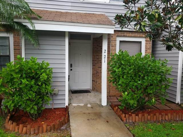 221 Arbor Circle, Sanford, FL 32773 (MLS #T3265533) :: Cartwright Realty