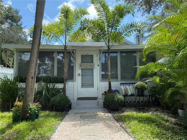 2413 Walker Circle, Sarasota, FL 34234 (MLS #T3265858) :: Bustamante Real Estate