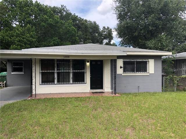 1308 E 33RD Avenue, Tampa, FL 33603 (MLS #T3267036) :: The Nathan Bangs Group