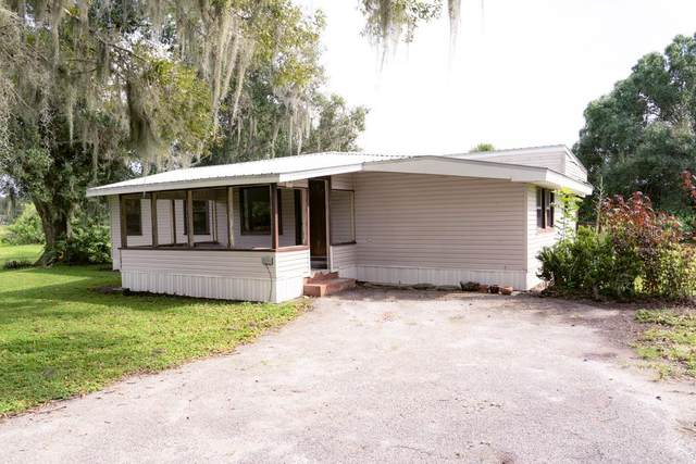 1629 Old Lakeport Road, Moore Haven, FL 33471 (MLS #T3267719) :: Griffin Group