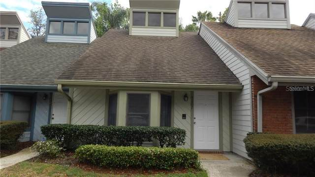 5207 Oak Charter Court, Temple Terrace, FL 33617 (MLS #T3268311) :: Team Pepka