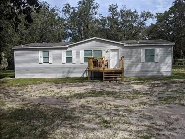 4608 Foster Lane, Zephyrhills, FL 33541 (MLS #T3268324) :: The Duncan Duo Team