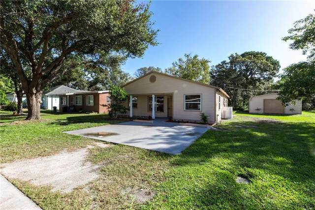 7151 61ST Street N, Pinellas Park, FL 33781 (MLS #T3272683) :: The Duncan Duo Team