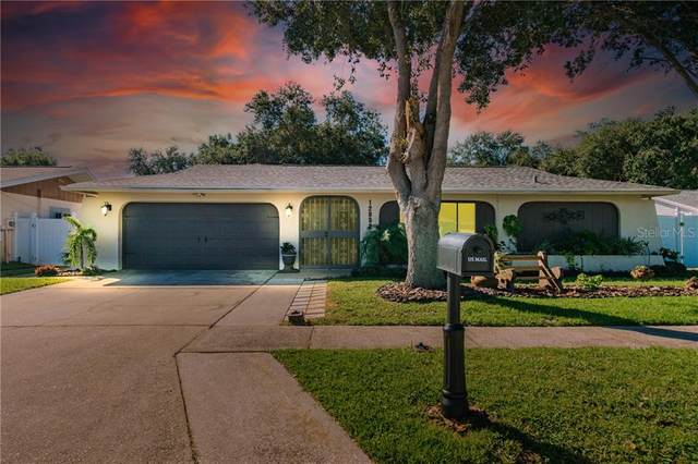 12052 100TH Avenue, Seminole, FL 33772 (MLS #T3272783) :: The Duncan Duo Team