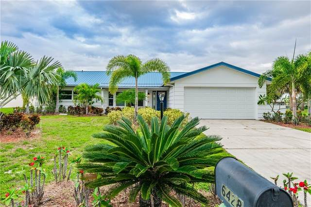 6428 Lake Sunrise Drive, Apollo Beach, FL 33572 (MLS #T3276551) :: The Brenda Wade Team