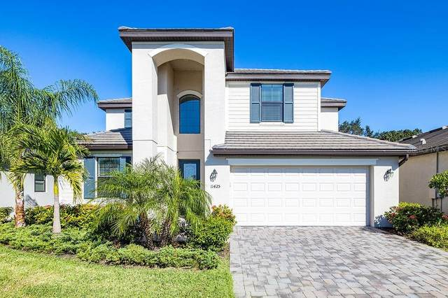 11425 Sweetgrass Drive, Bradenton, FL 34212 (MLS #T3277006) :: Medway Realty