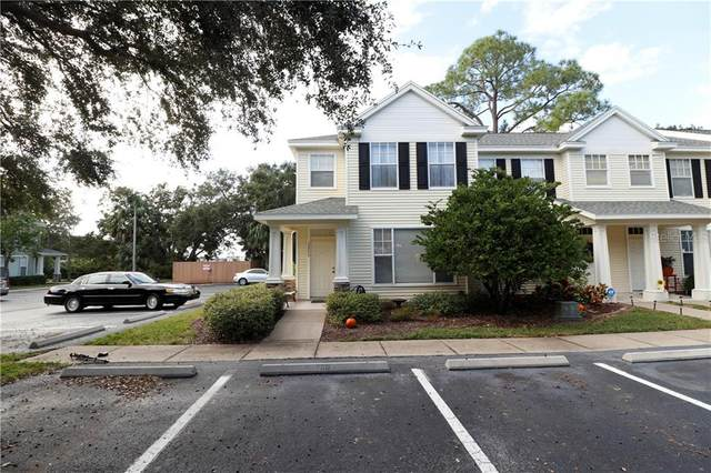 13700 Forest Lake Drive, Largo, FL 33771 (MLS #T3277722) :: Kelli and Audrey at RE/MAX Tropical Sands