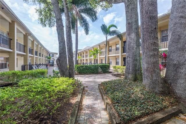 5221 Bayshore Boulevard #17, Tampa, FL 33611 (MLS #T3277804) :: Dalton Wade Real Estate Group