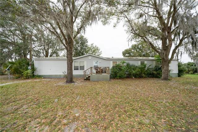 8825 M B Dickey Ln, Lithia, FL 33547 (MLS #T3284406) :: Dalton Wade Real Estate Group