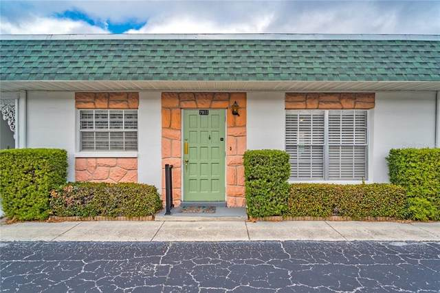 7811 39TH Terrace N 7811H, St Petersburg, FL 33709 (MLS #T3284721) :: Medway Realty
