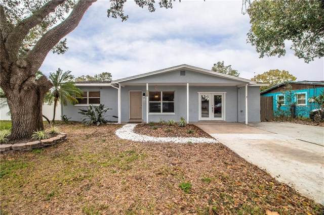 330 Country Club Drive, Oldsmar, FL 34677 (MLS #T3284789) :: Realty One Group Skyline / The Rose Team