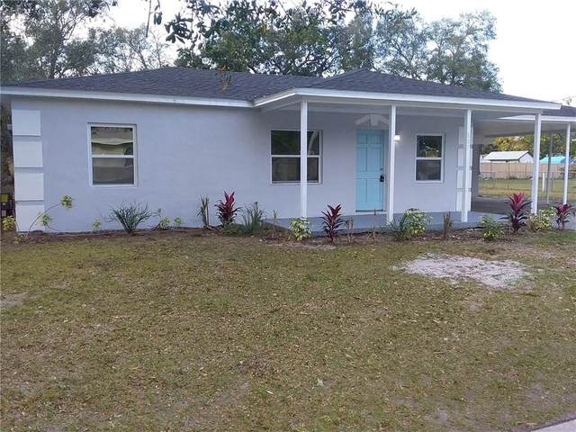 807 28TH Street NW, Winter Haven, FL 33881 (MLS #T3285090) :: The Price Group