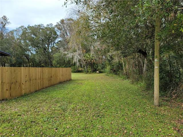890 E Cherry St, Plant City, FL 33563 (MLS #T3286674) :: Griffin Group