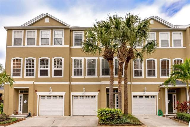 2949 Pointeview Drive, Tampa, FL 33611 (MLS #T3290759) :: The Brenda Wade Team