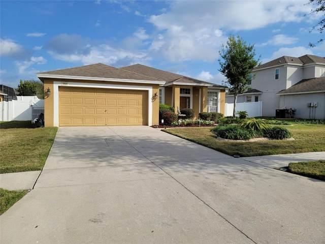 2024 Heartland Circle, Valrico, FL 33594 (MLS #T3292252) :: The Brenda Wade Team